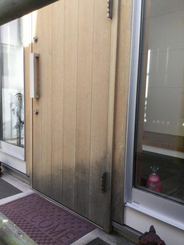 木玄関ドア シミ汚れ